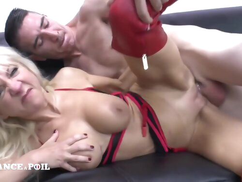 Gorgeous Big Titted Squirt Milf Fucked