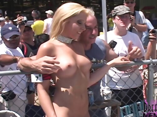 Strippers Spread Wide In Search Of Miss Nude Title