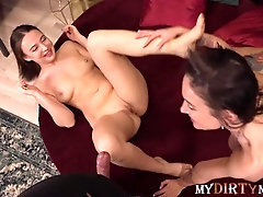 Mydirtynovels - Worker of flower shop enticed into threeway with scorching duo