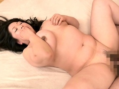 Omege japanese lady with thick hooters on cams