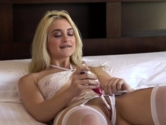 Nasty Blonde Jerks With Toothbrush And Deep Faceholes