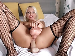 Dual foray Ass fucking with Helena Moeller