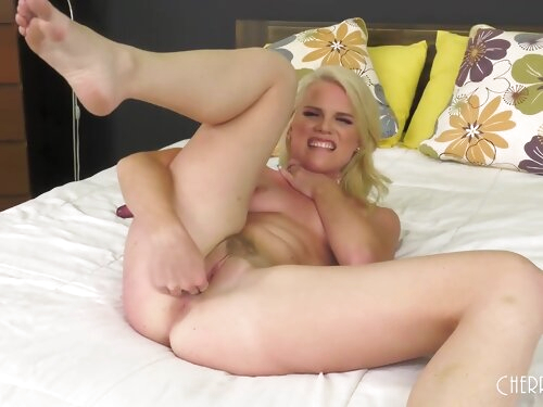 Horny Blonde Nikki Sweet Take Off Her Panties And Masturbates With A Dildo And Fingers And Shows Her Natural Boobs - Niki Sweet