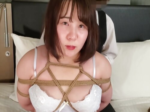 A Cool Man Ties A Busty Woman With A Rope. The Woman Feels And Squeezes Juice